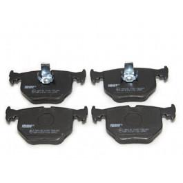 Jeu de 4 plaquettes de frein Alpina D3 BMW Serie 3 (E46) Serie 7 (E38) X5 (E53) Z4 (E86) Z8 Range Rover
